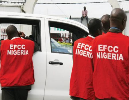 EFCC arrests 27 suspected 'Yahoo Boys' in Osogbo, recovers 8 exotic cars
