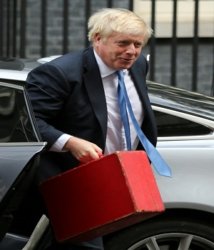 Brexit: UK's Johnson to face MPs after bombshell court ruling