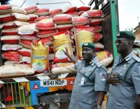 Border closure: Customs seize 1,072 vehicles, 19,000 bags of foreign rice
