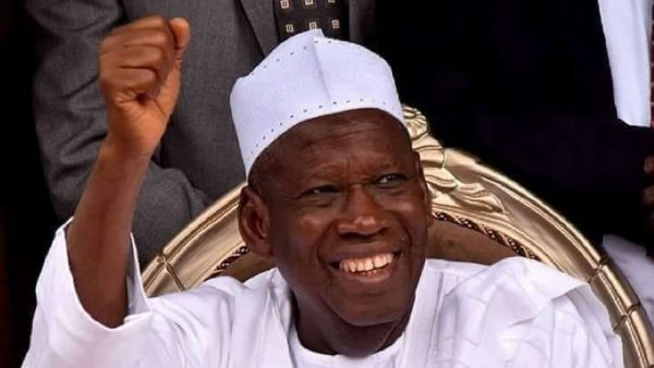 Ganduje doles out N15m to 3,170 Kano Pilgrims in Saudia
