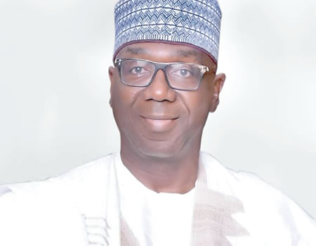 Kwara governor threatens to sack workers for late coming